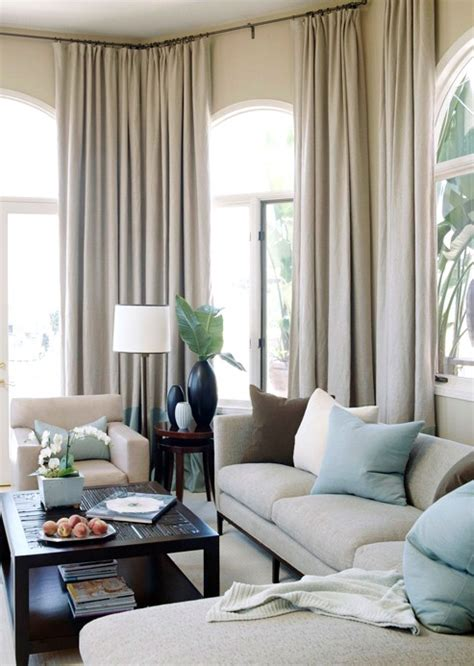Using Taupe To Create A Stylish, Family-Friendly Living Room