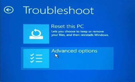 Open Advanced Startup Options On Unbootable Windows 10 PC