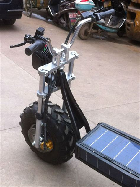 Daymak Beast, the Solar-Powered Off-Road Scooter