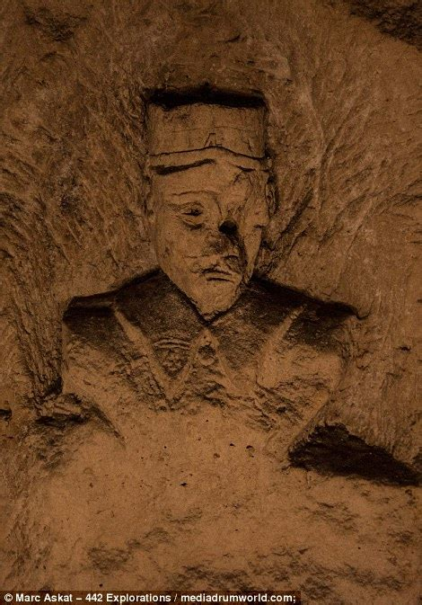 Photos show WW1 underground tunnels in France used by