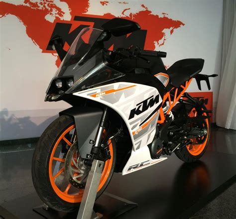 Spy Photos of the New KTM RC390, Launch Confirmed for